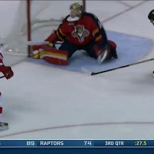 Pavel Datsyuk flips it past Tim Thomas