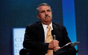 As Tom Friedman Once Again Calls for a Third Party, Critics Continue to Call Him Out