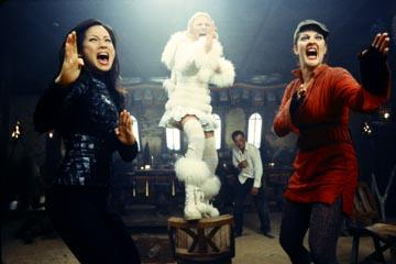 Lucy Liu , Cameron Diaz and Drew Barrymore in Columbia's Charlie's Angels: Full Throttle