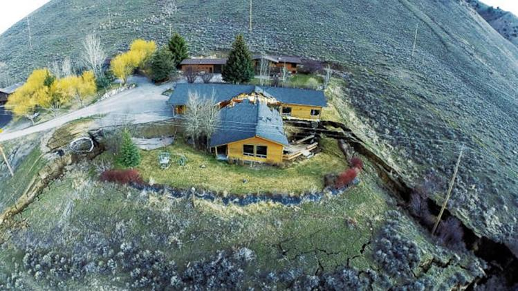 Abrupt Lurch in Wyoming Landslide Splits House in Two
