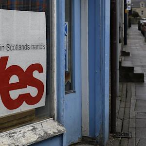Scots Torn Over Secession Question in Referendum