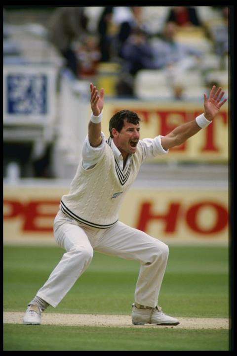 RICHARD HADLEE OF NZL APPEALS
