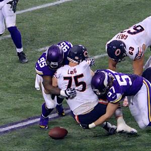 Minnesota Vikings force two fumbles on same play