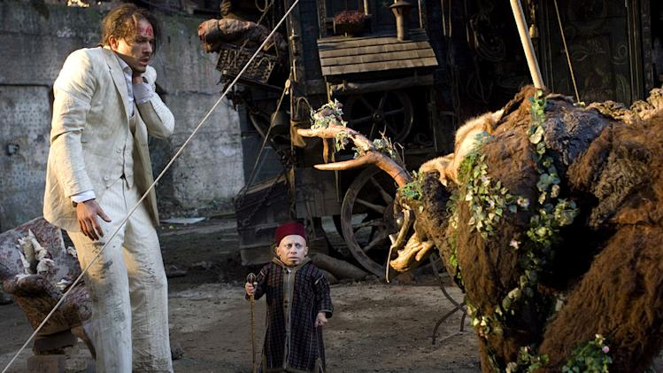 The Imaginarium of Doctor Parnassus Stills Sony Pictures Classics 2009 Heath Ledger Verne Troyer
