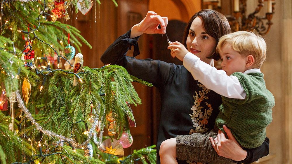 'Downton Abbey' Finale Takes 'Christmas Episode' to Heart (SPOILERS)