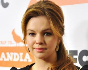 Pilot Castings: Amber Tamblyn Fights Violence, Stephen Fry Is Super Clyde's Sidekick and More