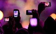 Apple &#39;Planning To Ban iPhone Videos At Gigs&#39;