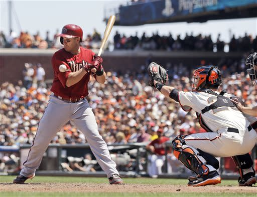 First-place Diamondbacks beat Giants, avoid sweep