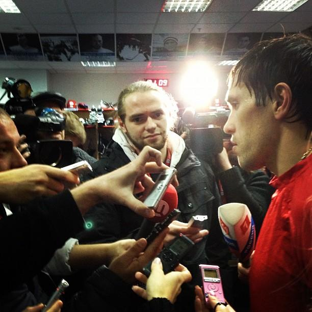 Pavel Datsyuk in the spotlight during postgame scrum