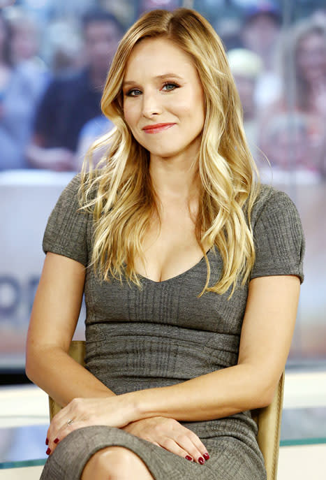 Kristen Bell Admits to Sometimes Stealing Her Neighbors' Coupons