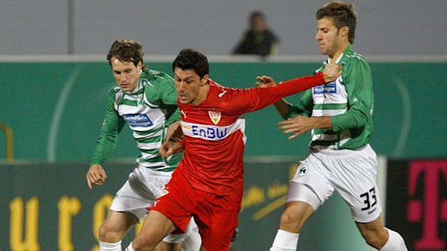 2009-2010 DFB-Pokal Greuther Frth Stuttgart Frstner Marica Caligiuri