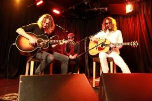 The Darkness: Unplugged & Unstoppable At Yahoo! Music