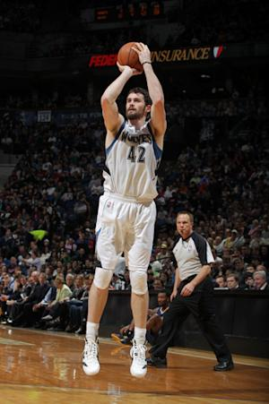 Love powers Wolves to 117-100 win over Nuggets