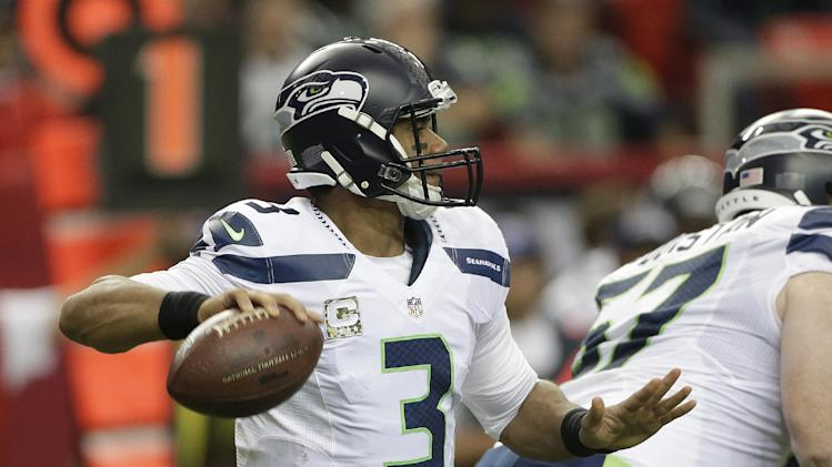 'Complete' Seahawks dominate Falcons, 33-10