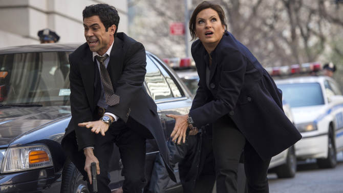 'Law & Order: SVU' returns with cliffhanger