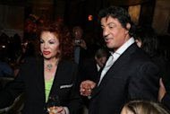 Sylvester Stallone con su madre Jackie Stallone via WireImage