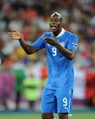 Mario Balotelli said Italy winning Euro 2012 is more important to him than winning the tournament&#39;s Golden Boot prize