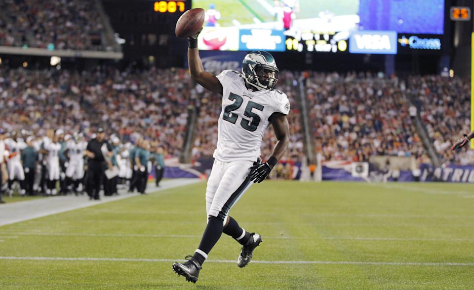 Philadelphia Eagles running back LeSean McCoy (25) celebrates after his second quarter touchdown against the New England Patriots during an NFL preseason football game in Foxborough, Mass., Monday, Aug. 20, 2012.(AP Photo/Steven Senne)