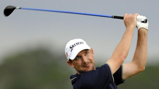 McNeill finishes off 62 for 1-shot lead