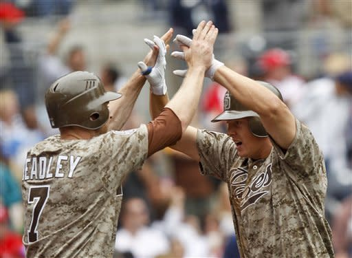 Hundley homers, drives in 4 as Padres top Phillies