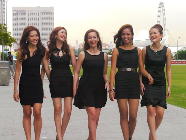 From left to right: Jaime Lim, Michelle Koh, Nicole Olsen, Farah Atika and Sarah Noble. (Yahoo! Singapore/ Deborah Choo)