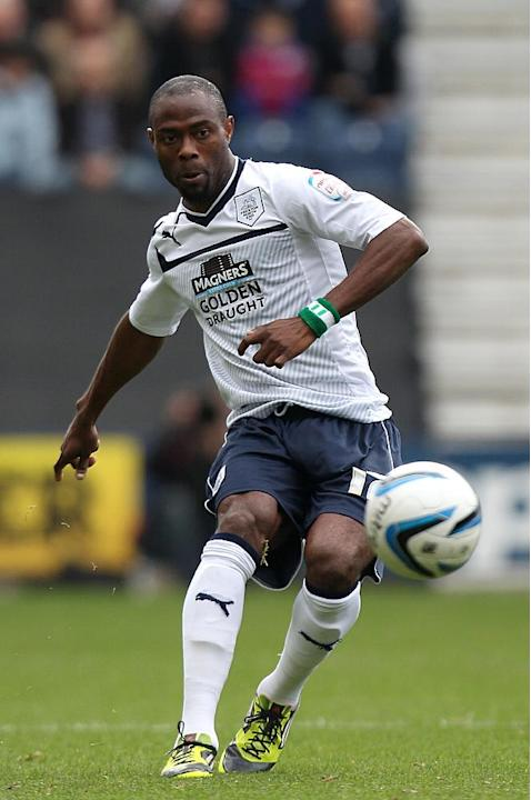 Akpo Sodje has extended his stay at Preston