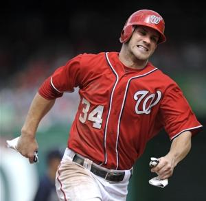 Zimmerman's 2 HRs lead Nationals over Braves 9-2