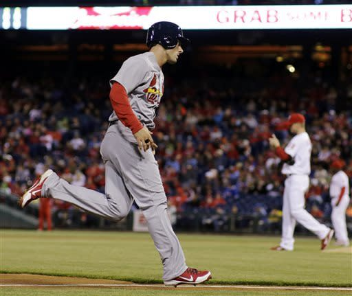 Kratz goes deep to lead Phillies past Cardinals