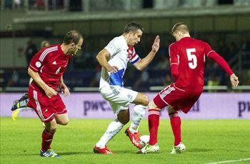 Andorra 0-2 Netherlands: Van Persie leapfrogs Bergkamp as Dutch reach World Cup