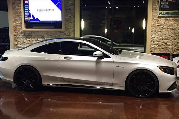 Milwaukee Buck Miles Plumlee Has Solid Taste in Supercars