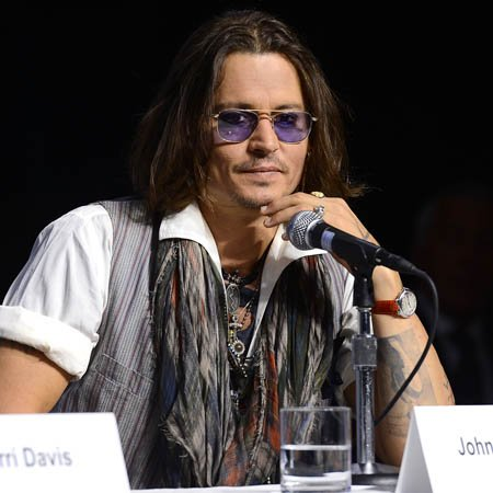 Johnny Depp 'flirty with Heard'