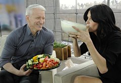 Anderson Cooper and Courteney Cox | Photo Credits: Anderson Cooper Show