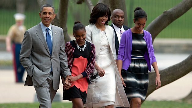 Obama Family Attends Easter Service at St. John's (ABC News)