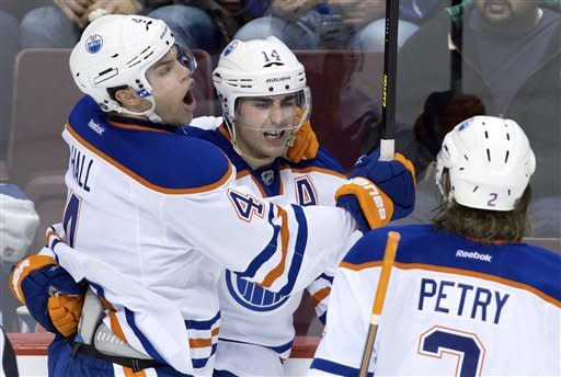 Oilers slip past Canucks in shootout, 3-2