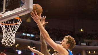 Mavericks beat Clippers 113-107 behind Nowitzki