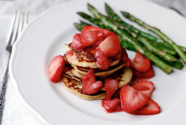 Gluten-Free Strawberry Coconut Pancakes