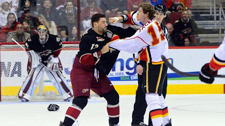 NHL: Calgary Flames at Phoenix Coyotes