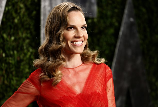 Hilary Swank attends the 2013 Vanity Fair Oscars Party in West Hollywood