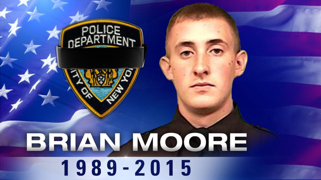New York police officer dies after being shot in head