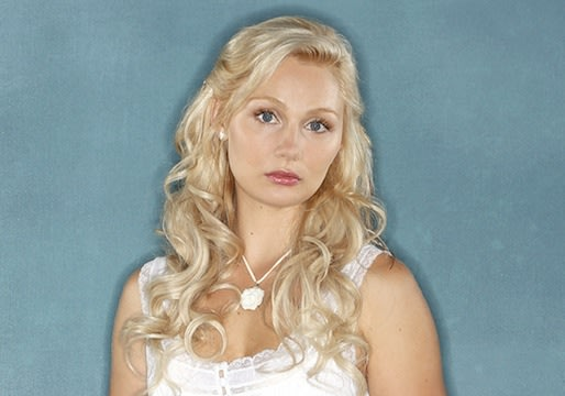 Nashville Preview: Clare Bowen Says Scarlett's Standing by Her Man… For Now