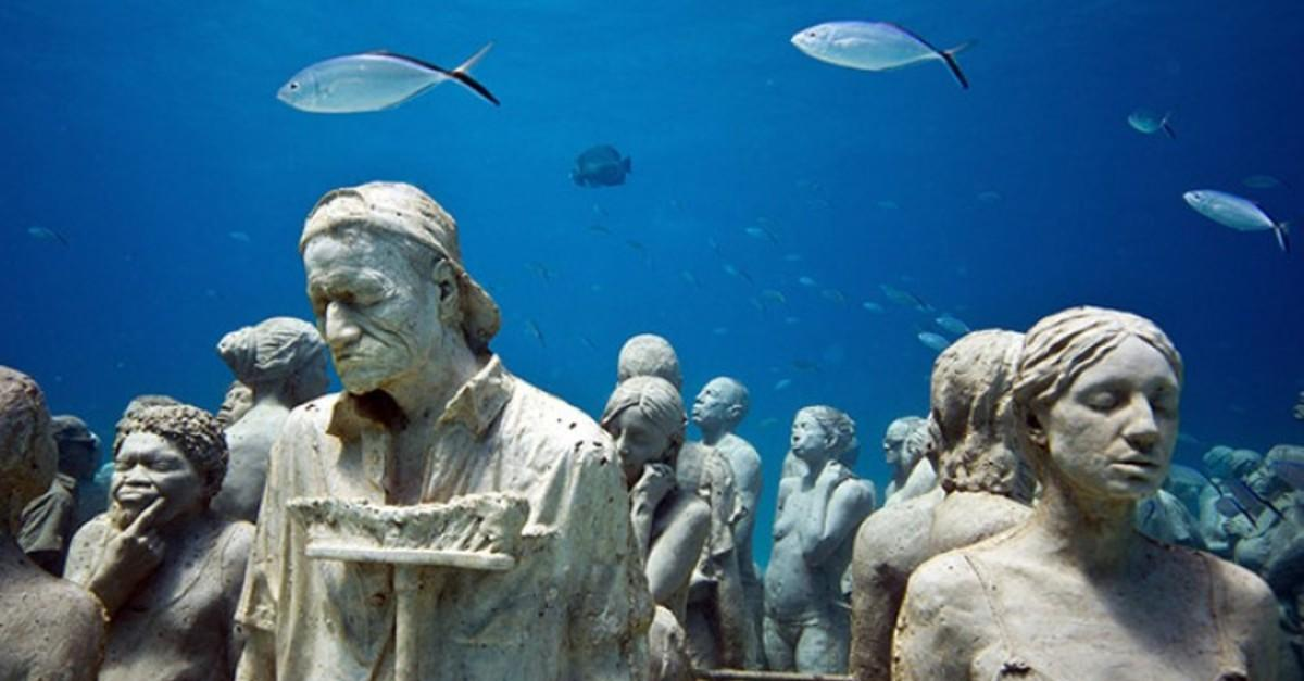 13 Beautiful Submerged Sculptures