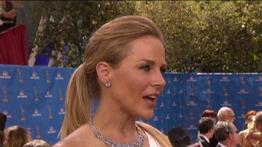 Emmys 2010: Julie Benz of No Ordinary Family