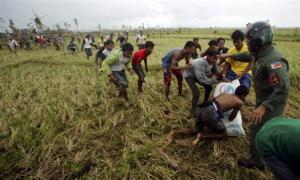 Philippine Air Force personnel officer tries to push…