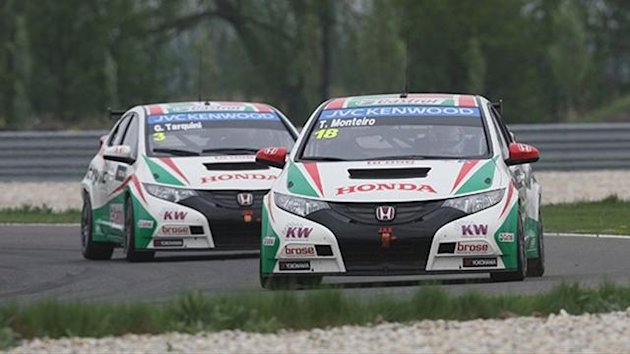 Castrol Honda Team drivers Gabriele Tarquini and Tiago Monteiro formed the top two in the first WTCC Free Practice session at the Slovakia Ring.