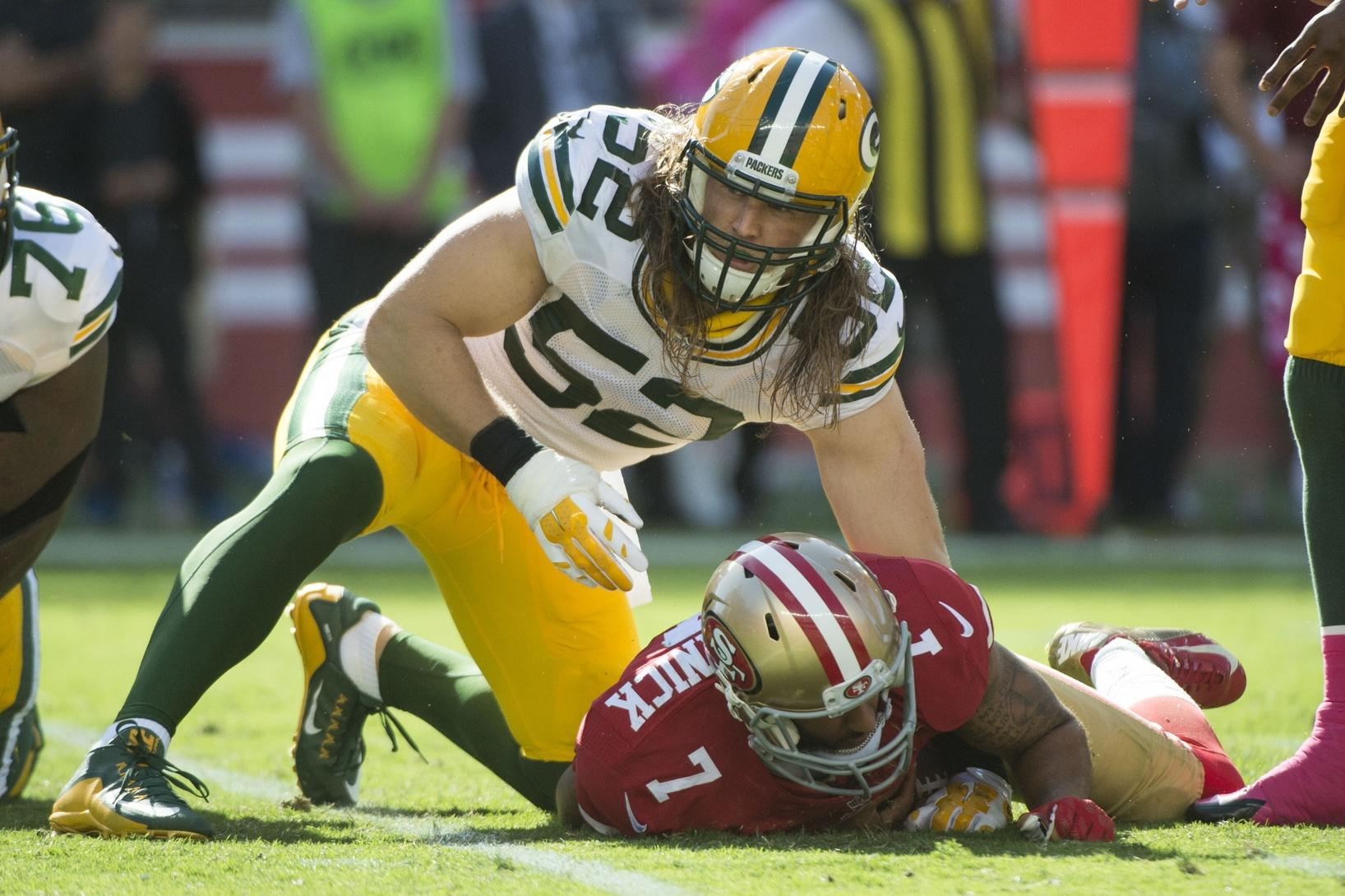 "Green Bay Packers Defense to Colin Kaepernick: ""You Ain't Russell Wilson!"""