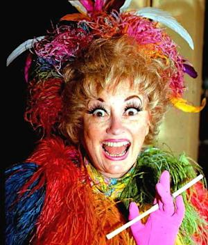 Celebrities React to Comedian Phyllis Diller's Death at 95