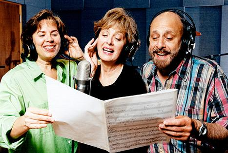"""Lois Lilienstein of Sharon, Lois and Bram's Elephant Show, and """"Skinnamarink"""" Fame Dies at 78"""
