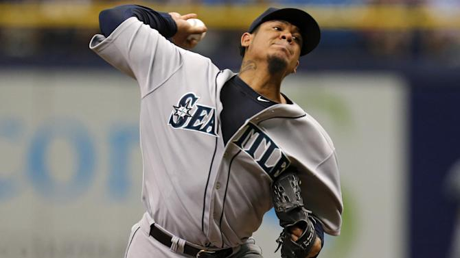 Mariners beat Rays 5-0 with 5-run 9th inning