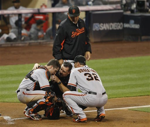Giants get scare from Posey in 3-1 win over Padres