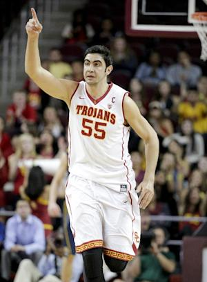 USC beats California 77-69 to snap 5-game skid